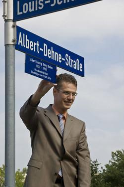 Straßenschild Albert-Dehne-Straße
